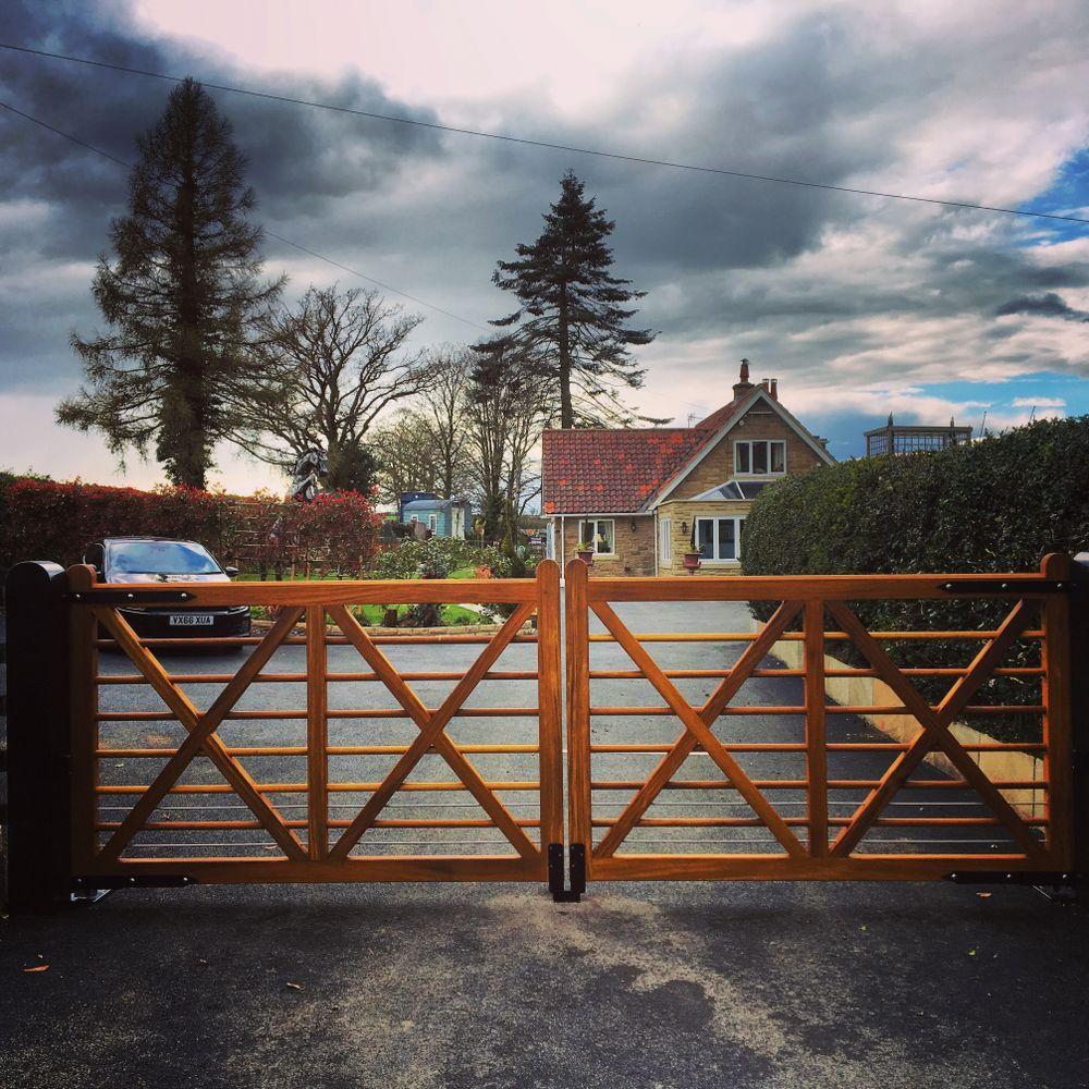 Castle Howard Gate Range