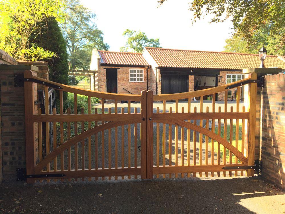 Coulton Gate Range