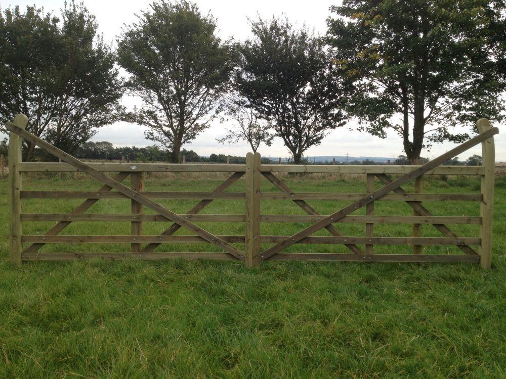 Field 'Estate' Gates