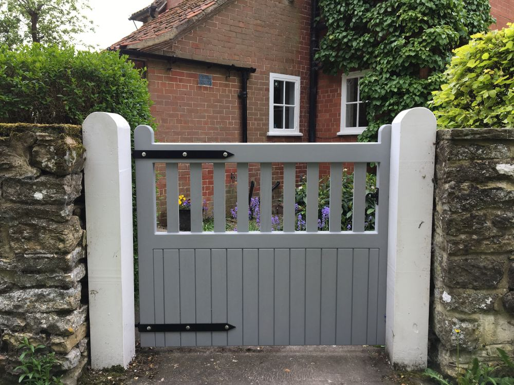 The Brawby Gate Range