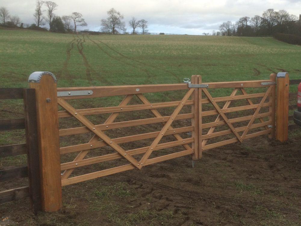 Hardwood 5 Bar Field Gates